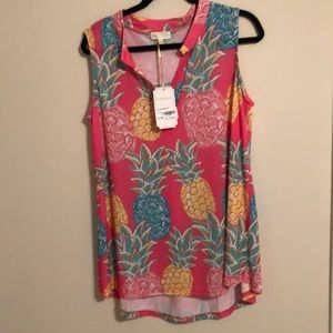 Simply Southern Pineapple Top